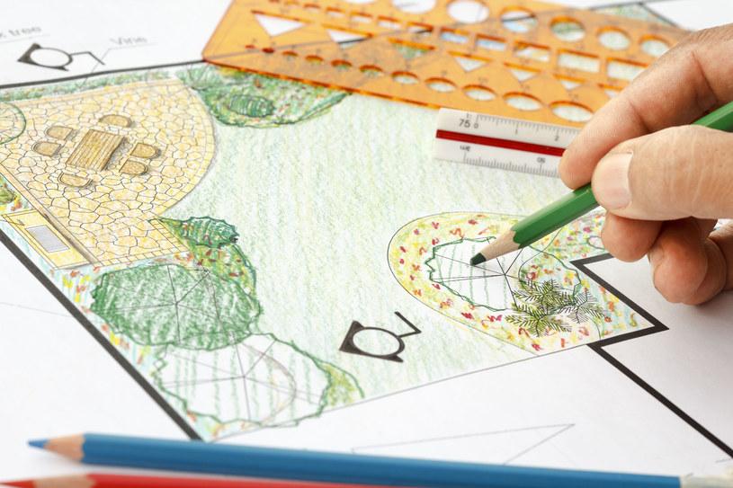 Plan ogrodu nie musi być profesjonalny, ważny jest efekt końcowy /123RF/PICSEL