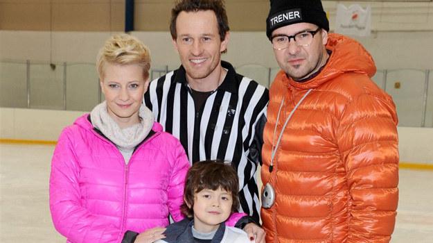 """Plan """"rodzinki.pl"""" odwiedził w środę znany na całym świecie hokeista Mariusz Czerkawski. /Agencja W. Impact"""