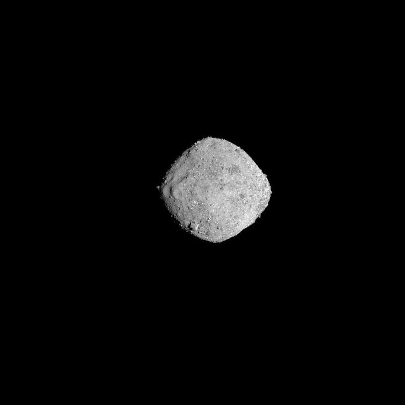 Planetoida Bennu z odległości 136 km /materiały prasowe