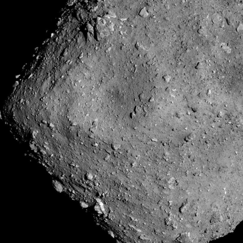 Planetoida Ryugu widziana z odległości 6 km /materiały prasowe