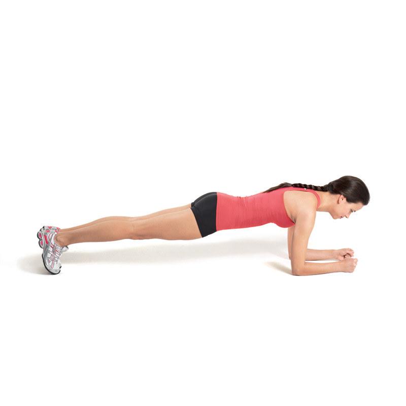 Plank - jedno ćwiczenie, które wyrzeźbi twoje ciało /INTERIA.PL/materiały prasowe