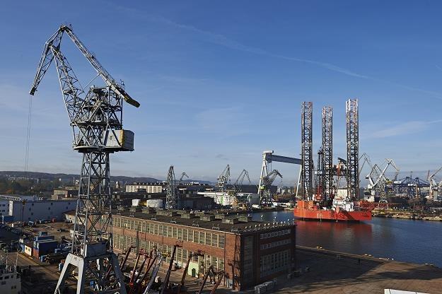 Platforma wiertnicza Petrobaltic w Stoczni Remontowej Nauta w Gdyni /PAP