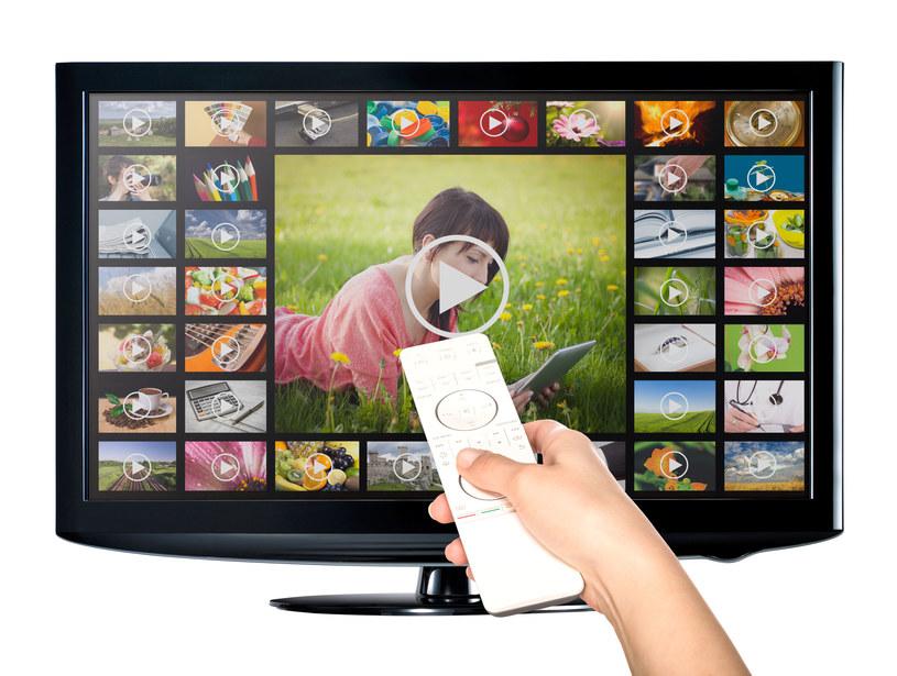 Platformy streamingowe popularne w czasach epidemii /123RF/PICSEL