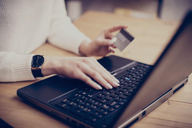 Płatność odroczona to metoda, dzięki której klient może przesunąć termin zapłaty za zakupy nawet o 45 dni /123RF/PICSEL
