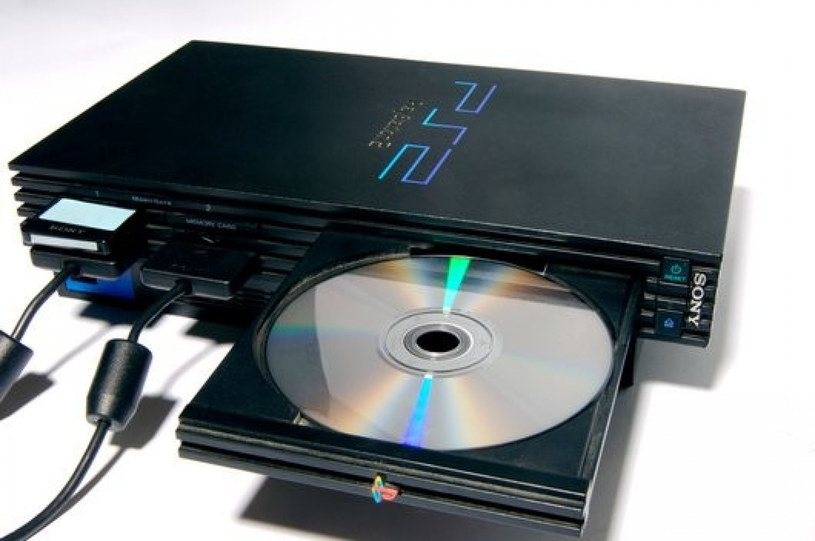 PlayStation 2 /Science Photo Library /East News