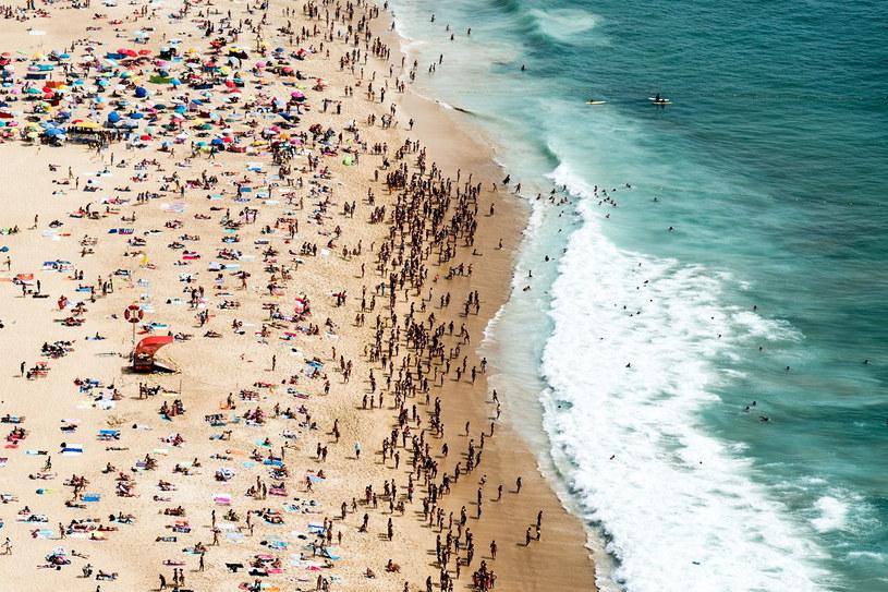 Plaża Nazare w Portugalii /PAULO CUNHA /AFP
