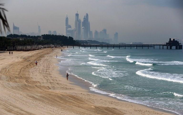 Plaża w Dubaju, zdj. ilustracyjne /AFP