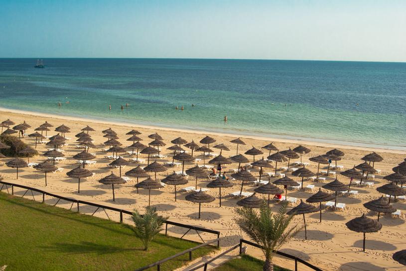 Plaże Dżerby uważane są za jedne z najpiękniejszych w całym basenie Morza Śródziemnego