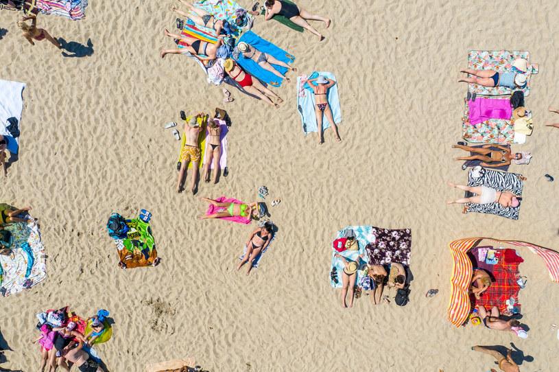 Plażowicze na sopockiej plaży /Przemek Świderski /Reporter