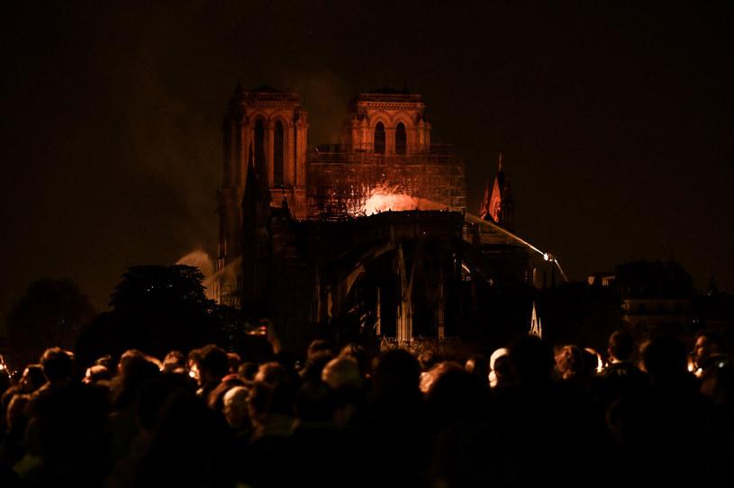 Płonąca katedra Notre Dame /Philippe Lopez  /AFP