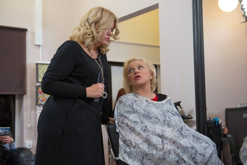 Ploteczki w salonie fryzjerskim /Agencja W. Impact
