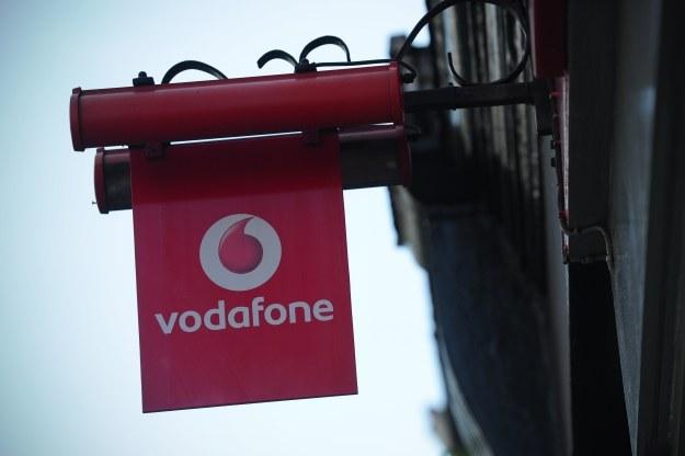 Plus będzie współpracował z Vodafone /AFP