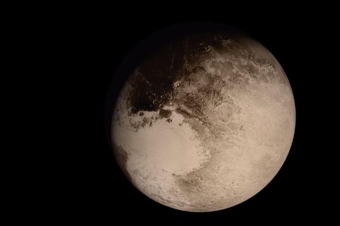 Pluton w obiektywie sondy New Horizons /NASA