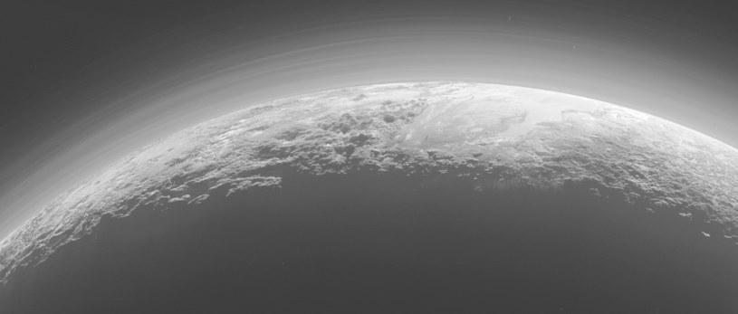 Pluton wciąż skrywa wiele tajemnic /NASA