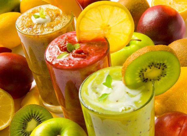 Płynna dieta przeciwobrzękowa /123RF/PICSEL
