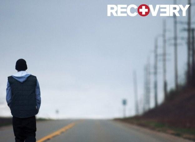 """Płyta """"Recovery"""" Eminema to jeden z największych przebojów sprzedaży /"""