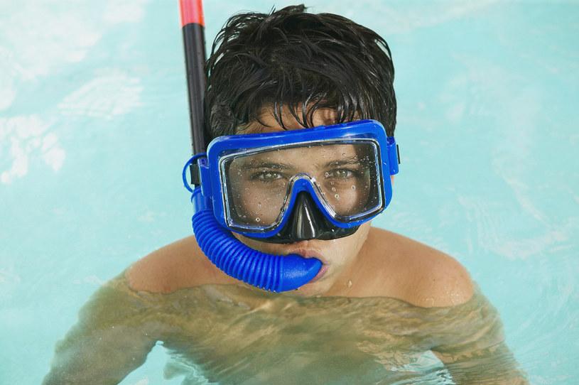 pływanie w basenie zalety /© Photogenica