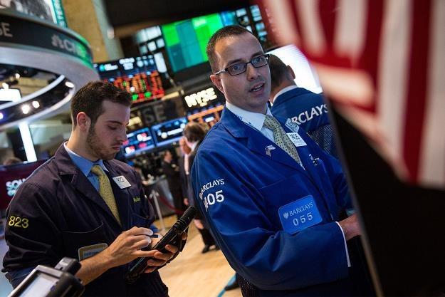 Po czterech sesjach wzrostowych w piątek amerykańskie giełdy traciły /AFP