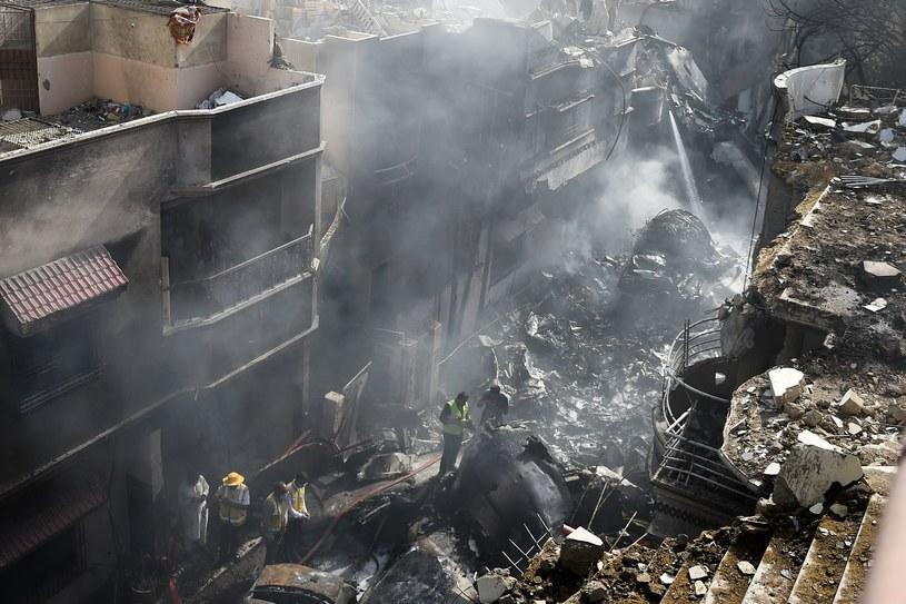 Po katastrofie samolotu w Pakistanie /AFP