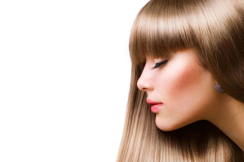 Po lecie konieczna jest regeneracja włosów /123RF/PICSEL