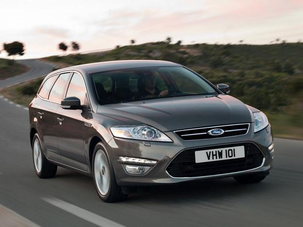 Po liftingu w 2010 roku pojawiły się światła dzienne LED. /Ford