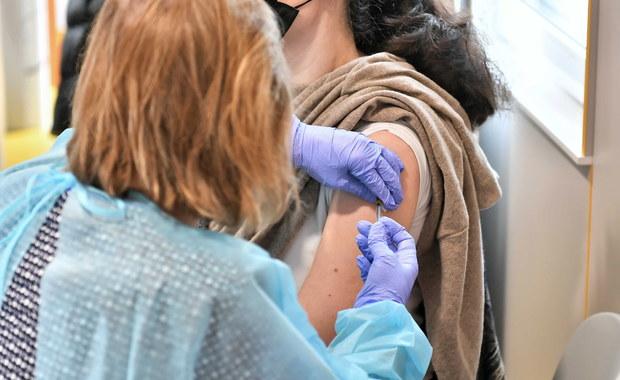 Po majówce zablokowane są tysiące terminów szczepień przeciw Covid-19