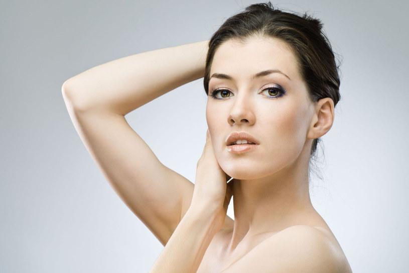 Po masażu skóra jest odprężona i świetnie przygotowana na przyjęcie kremu /123RF/PICSEL