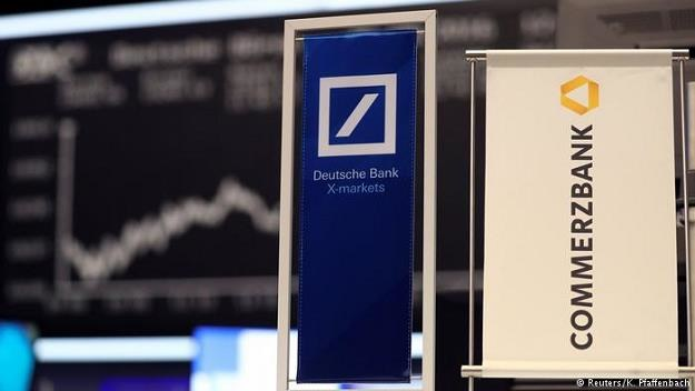 Po naciskach ze strony polityków Deutsche Bank i Commerzbank przystąpiły do rozmów ws. fuzji /Deutsche Welle