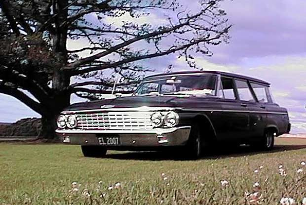Po Nowej Zelandii jeździ dużo starych samochodów / kliknij /INTERIA.PL