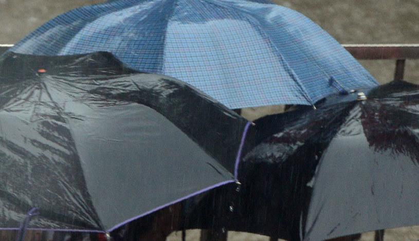 Po opadach deszczu - lokalne podtopienia i zalania budynków (zdjęcie ilustracyjne) /AFP