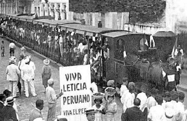 Po peruwiańskim ataku w Bogocie ludzie wyszli na ulice domagając się obrony kraju /Wikimedia Commons /INTERIA.PL/materiały prasowe