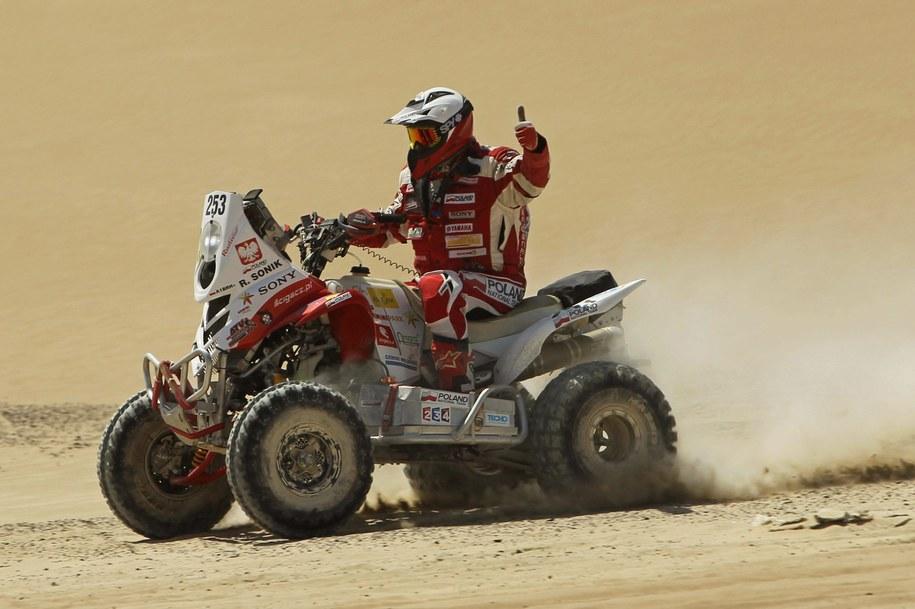 Po pięciu etapach 35. Rajdu Dakar Łaskawiec i Sonik są nadal w czołówce kierowców jadących quadami /Paolo Aguilar    /PAP/EPA