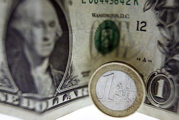 Po podwyżce stóp w Stanach Zjednoczonych dolar może się osłabić. To wesprze ryzykowne aktywa /AFP