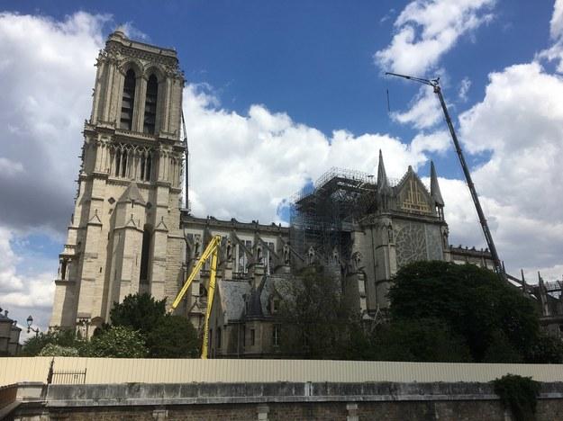 Po pożarze katedry Notre-Dame stężenie ołowiu w pięciu szkołach przekracza dopuszczalne normy /Marek Gładysz /RMF FM
