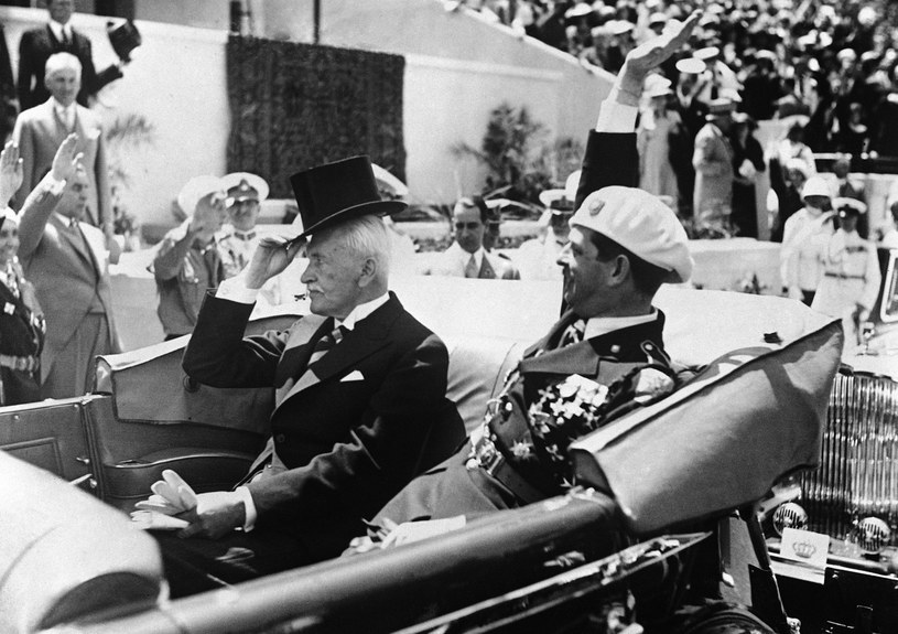 Po raz pierwszy dożynki prezydenckie zostały zorganizowane w Spale w 1927 roku przez Ignacego Mościckiego /Associated Press /East News