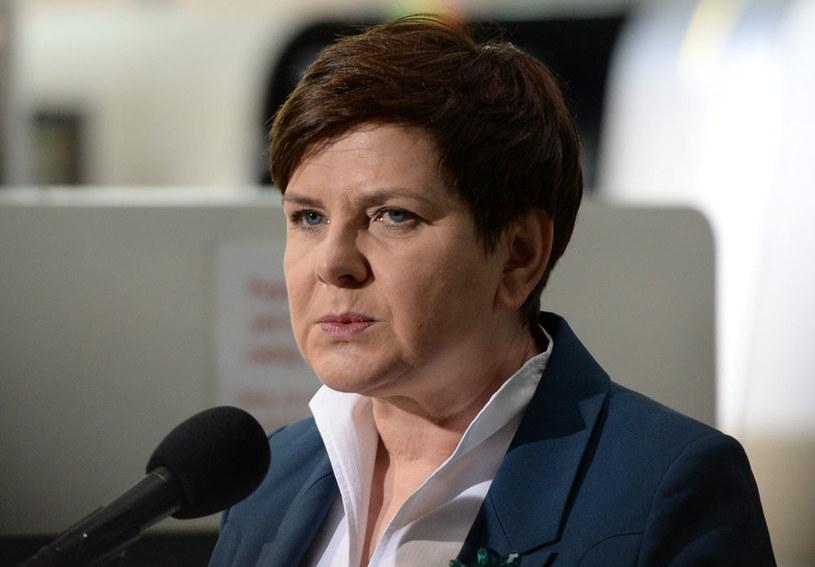 Po słowach minister Anny Streżyńskiej premier Beata Szydło zwołała spotkanie członków rządu /Piotr Polak /PAP