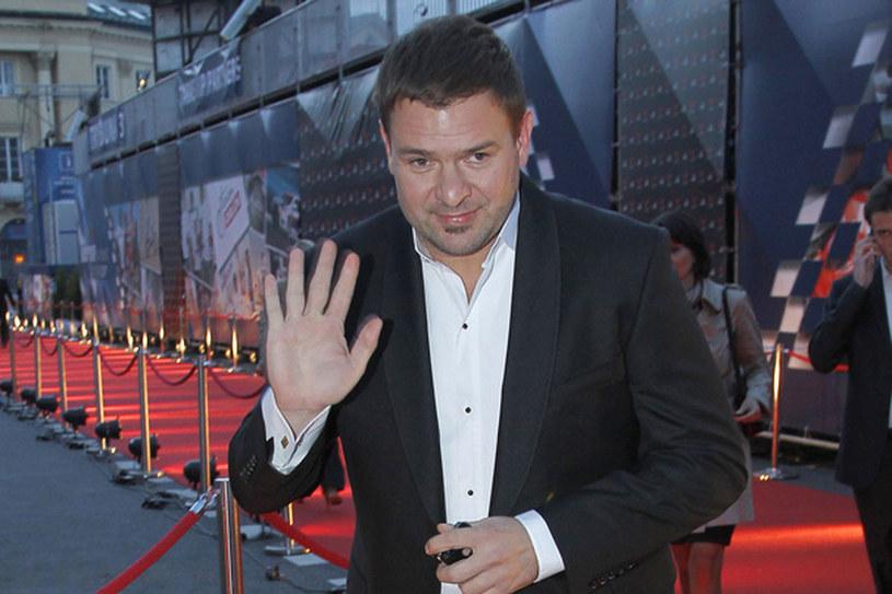 """Po studiach dostałem etat w Teatrze im. Słowackiego w Krakowie. Moja pensja była wtedy niższa niż czynsz za wynajmowane mieszkanie"""" - wspomina aktor /Engelbrech /AKPA"""