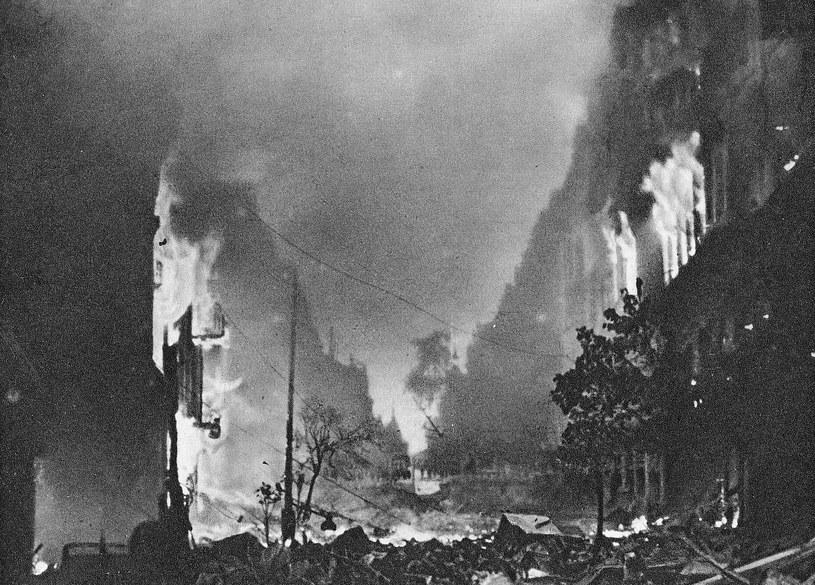 Po upadku powstania Warszawę spotkał tragiczny los /domena publiczna
