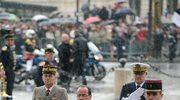 Po uroczystości zaprzysiężenia nowy prezydent Francji złożył wieniec przy Grobie Nieznanego Żołnierza pod Łukiem Triumfalnym