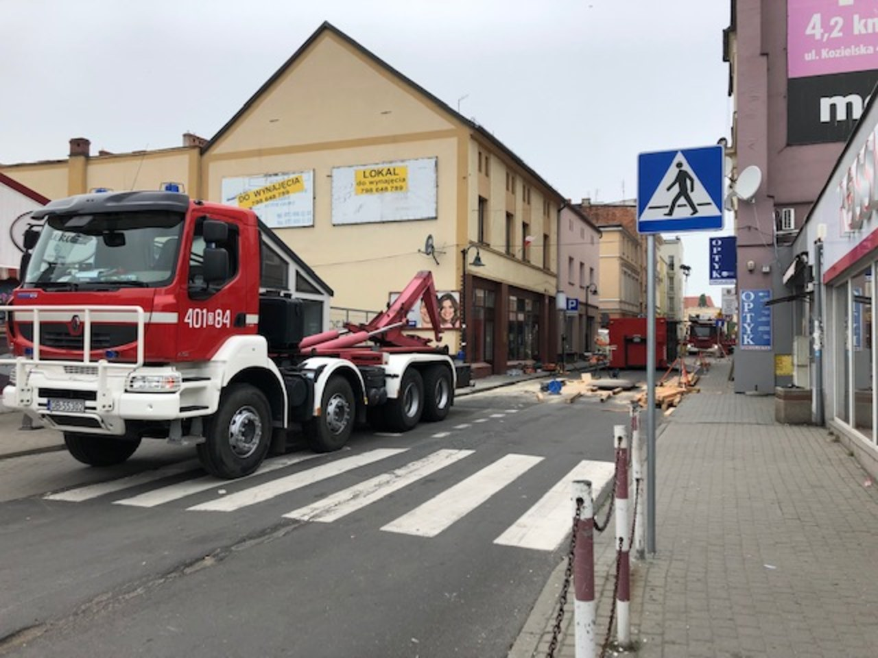 Po wybuchu w kamienicy w Kędzierzynie-Koźlu: Pod gruzami nikogo nie znaleziono