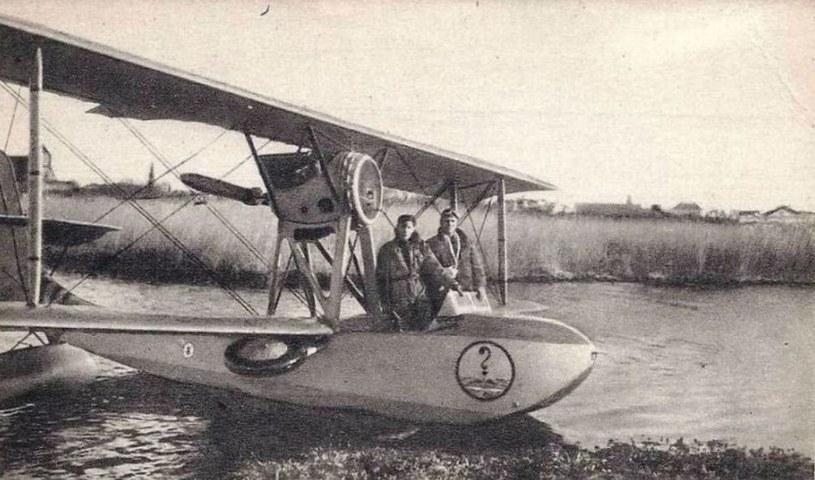Po wycofaniu samolotów Schreck FBA-17HMT2 nie udało się znaleźć ich godnego następcy. Na zdjęciu: Schreck z MDLot. na Polesiu /Narodowe Archiwum Cyfrowe /materiały prasowe