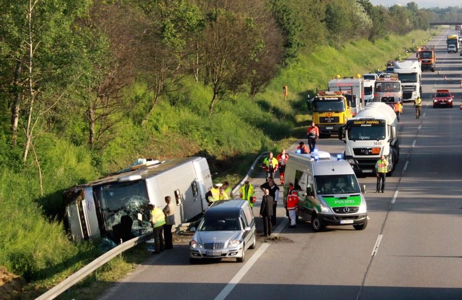 Po wypadku przez wiele godzin autostrada była zablokowana /HEINZ REISS /PAP/EPA