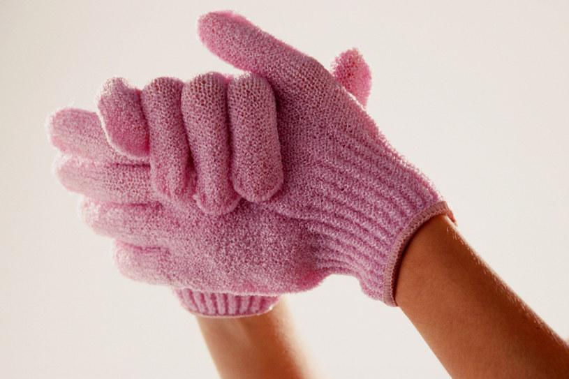 Po zabiegu włóż bawełniane rękawiczki  /© Bauer