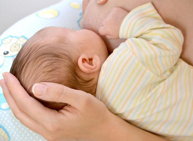 Po zaszczepieniu tzw. skojarzoną szczepionką dziecko miało powikłania (zdjęcie ilustracyjne) /123RF/PICSEL