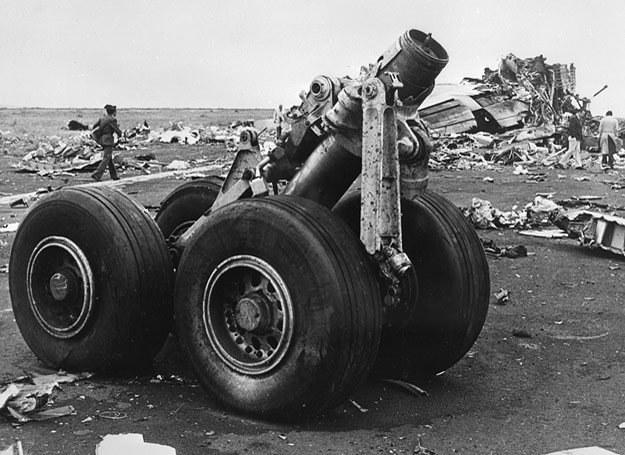 Po zderzeniu dwóch Jumbo-Jetów na Teneryfie zostały strzępy... /AFP