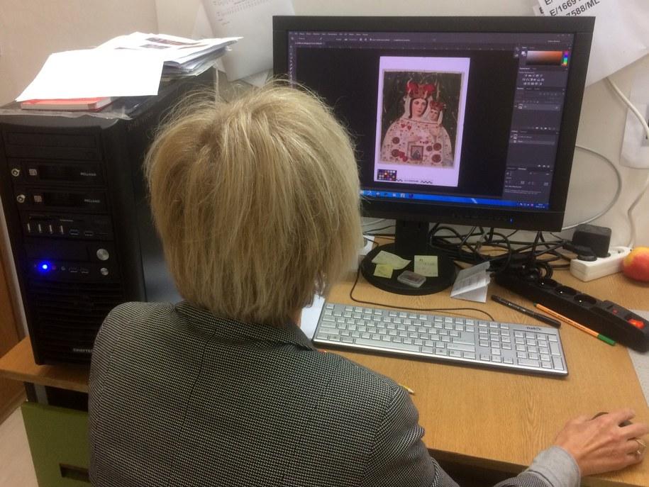 Po zrobieniu zdjęcia konieczne jest wykonanie obróbki komputerowej /Krzysztof Kot (RMF FM) /RMF FM