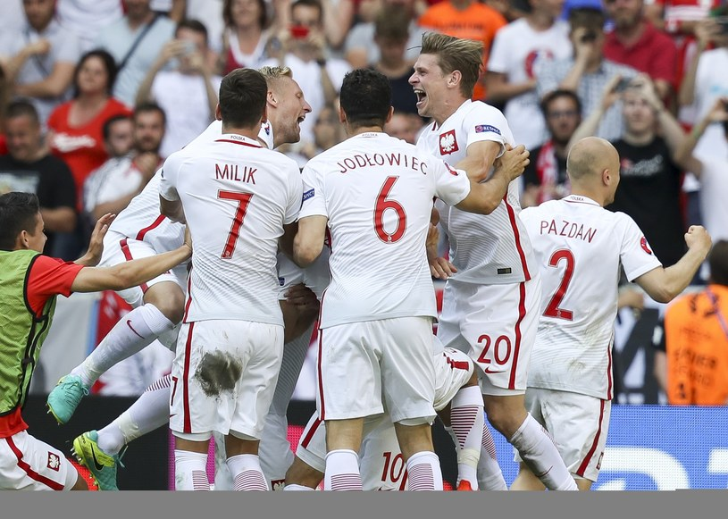 Po zwycięstwie ze Szwajcarią kibice chcieli, aby mecz polskiej reprezentacji pojawił się również na Open'erze /Andrzej Iwańczuk /Reporter