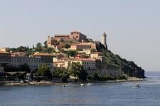 Pobyt na włoskiej wyspie za darmo, jeśli urlop zepsuje deszcz