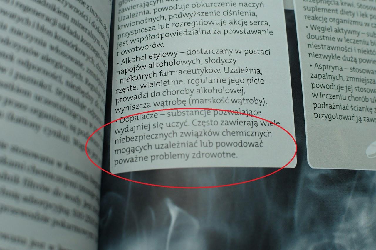 Pochwała dopalaczy w... podręczniku do chemii