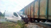 Pociąg towarowy uderzył w busa. Z powodu remontu nie działały rogatki